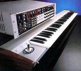 Octave Plateau Voyetra 8 + keyboard
